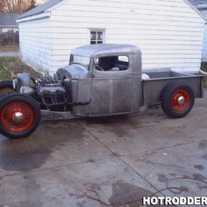 1935 CHEVY RAT ROD